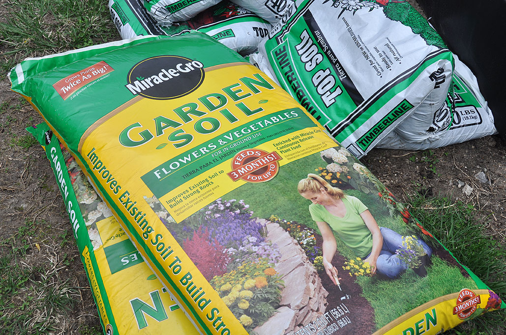 ... Gardening Soil From MiracleGro ($4/CF).