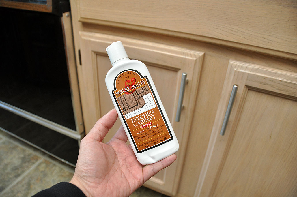 kitchen cabinet cleaner  Parker Bailey  from Maine  made short work of  the task Rainy Day Renovations   Drawer Pull Upgrade by Wan Chi Lau  . Kitchen Cabinet Cleaner. Home Design Ideas